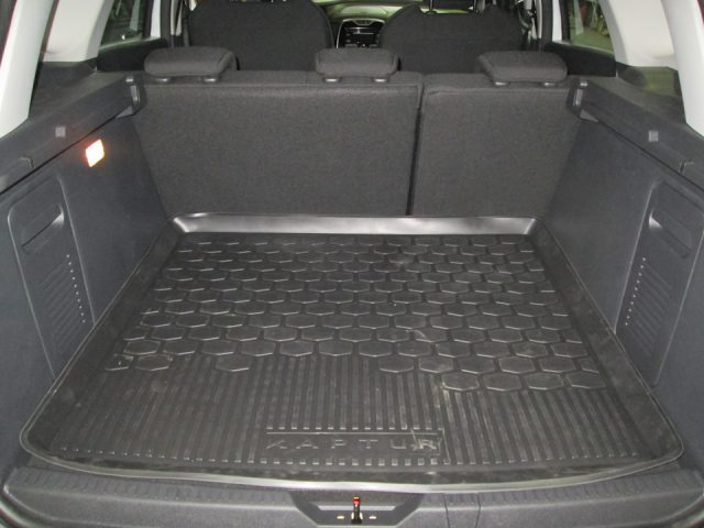 фото багажник рено каптур