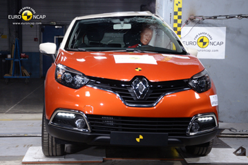 renault_captur_2013_pole